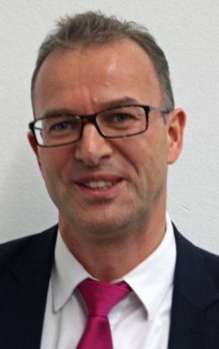 Dr. Peter Sentker