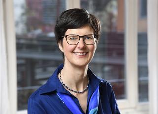 Dr. Christine Kühn