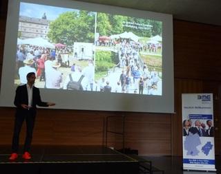 Zukunftsforscher Kai Gondlach begeistert mit seinem Vortrag in der Aula der Hochschule Aalen