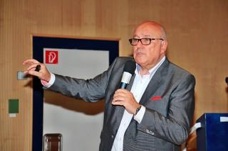 """BME rmr-Veranstaltung """"Verhandeln unter Druck"""" mit Bernd Sehnert: Herr bleiben im eigenen Haus"""