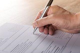 """Umfrage """"Abschwächendes Wirtschaftswachstum, steigende Kosten und Fachkräftemangel"""": Jetzt teilnehmen!"""